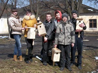 Учні шкільного лісництва